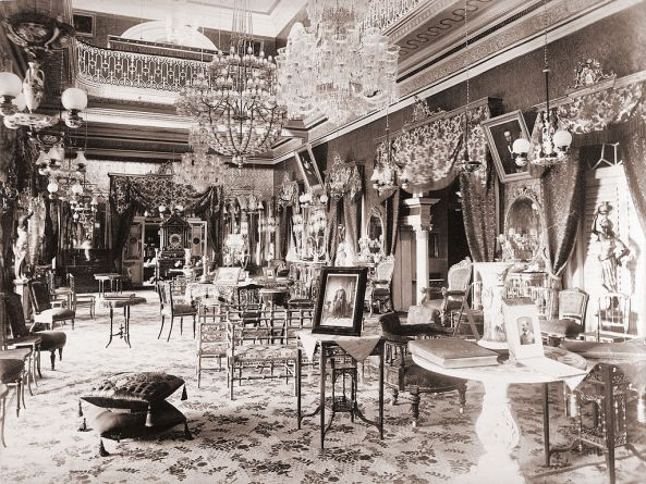 The interior of the Basir-bagh Palace.jpg